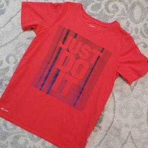 Nike Boy's Tshirt